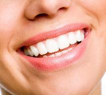 Co jeść, aby mieć zdrowe, białe zęby?