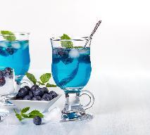 Lemoniada borówkowa z syropem blue curacao: przepis