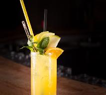 Orange cooler: niskokaloryczny drink na sylwestra