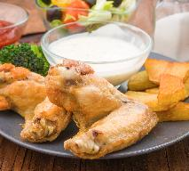 Smażone skrzydełka kurczaka: prosty przepis na danie z frytkownicy
