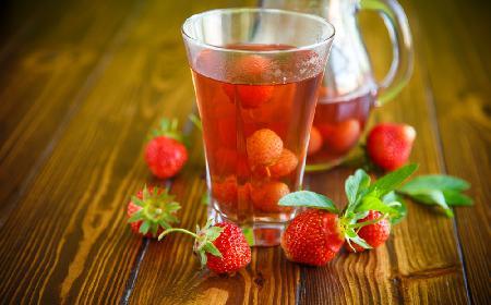 Kompot truskawkowy - prosty przepis na kompot z truskawek