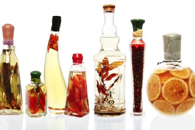 Domowy ocet smakowy - jak zrobić?