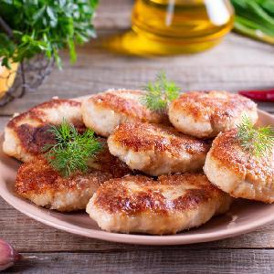 Jak przygotować 1,5 kg pysznych mielonych z 350 g mięsa? Dzielę się sekretnym przepisem