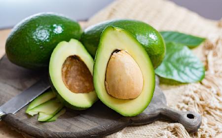 Awokado - kalorie i właściwości smaczliwki
