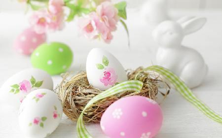 Jajka wielkanocne - co symbolizuje jajko na świątecznym stole?