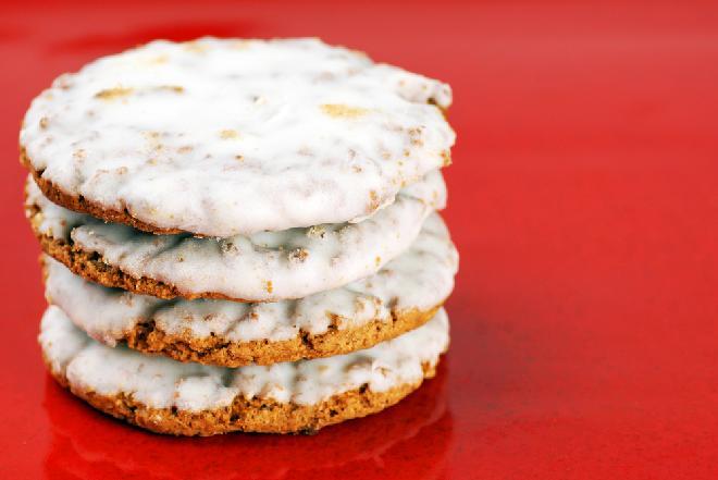 Lukrowane ciastka owsiane: odrobina słodyczy na pocieszenie